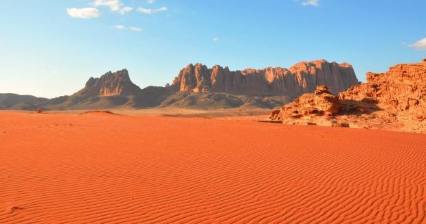 wadi-rum-woestijn-slider-home-www-jouwjordaniereis-nl_